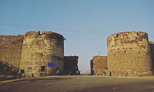 Lakhapat Fort of Kutch Travels